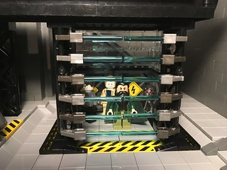 LEGO Malibu Mansion (Mk.4) - Iron Man Holding Cell