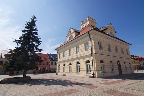 Ratusz w Łeczycy (1788-90, Kubicki) od południowego wchodu