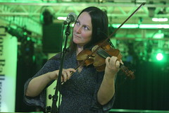 Triakel (2017) 04 - Emma Härdelin (KM's Live Music shots) Tags: worldmusic sweden traditionalswedishmusic triakel fiddle violin nordicmatters fridaytonic southbankcentre