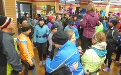 Running Room (Slater St) November 12, 2017 - P1120428 (ianhun2009) Tags: runningroomslaterstreet november122017 ottawaontariocanada trainingruns coldweatherrunning autumnrunning