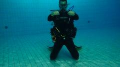 PB246685 (Scubaland Búváriskola) Tags: scubalandbuvarsuli scubaland padi owd skills practice divingisfun