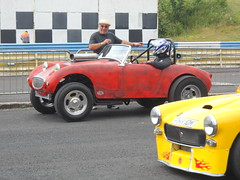Nostalgia Nationals, Shakespeare County Raceway, 26th June 2017 (ukdaykev) Tags: car nostalgianationalsshakespearecountyraceway26thjune2017 nostalgianationals 2017 classiccar classictransport classic dragracer dragracing dragster drag stratford stratforduponavon shakespearecountyraceway avonparkraceway avonpark avonparkracewaystratforduponavon motoring midlands vehicle streetmachine customcar customised