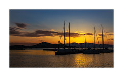 A5D_5427b The Last Rays (foxxyg2) Tags: sun sunset bluehour sky sea port naxos yachts harbour aegean greece cyclades greekislands islandhopping island life gold glow