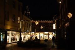 By night (Steenjep) Tags: herning nat night street gade lys light jul christmas xmas shop people folk