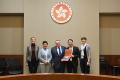 立法會議員與捷克共和國駐華大使貝德日赫∙科佩茨基會晤 Legislative Council Members meet with HE Bedřich Kopecký, Ambassador of the Czech Republic to China (2017.12.08) (www.legco.gov.hk) Tags: 第六屆立法會 第六届立法会 sixthlegislativecouncil sixthlegco 捷克共和國 捷克共和国 theczechrepublic 捷克共和國駐華大使貝德日赫∙科佩茨基 捷克共和国驻华大使贝德日赫∙科佩茨基 hebedřichkopeckýambassadoroftheczechrepublictochina 胡志偉議員 胡志伟议员 honwuchiwai 黃碧雲議員 黄碧云议员 drhonhelenawongpikwan20171208 2017