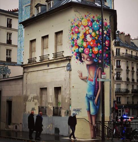 Never enough #colorsinthestreets / #Art by #Vinie. . #paris #streetart #graffiti #urbanart #graffitiart #urbanart_daily #graffitiart_daily #streetarteverywhere #streetart_daily #wallart #mural #ilovestreetart #igersstreetart #streetartparis #msaparis #the