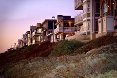 Manhattan Beach Waterfront (frank.garcia1978) Tags: california socal nikonphotography photography nikon buildings sunset beach losangeles southbay shoreline waterfront manhattanbeach