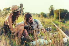 melody of you´re heart (pipe notjustaphoto) Tags: couple railway guitar sunny day sunshine outdoor green hat music bahngleis schienen gitarre melancholie