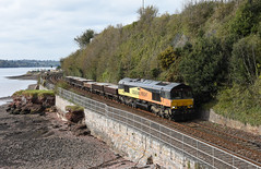 Jolly (Teignstu) Tags: teignmouth devon railway shaldonbridge riverteign river colas class66 66849