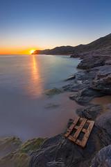 Atardecer Playa del Negrete (J. Cuenca) Tags: mar mediterraneo murcia cartagena canon calblanque canon6d cala cielo rocas roca roks sol sunset atardecer agua tranquilidad sea sun