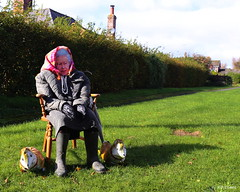 EIIR (amazingstoker) Tags: platinum wedding anniversary queen elizabeth phil 70 upton grey hampshire corgi monarch royalty majesty balloon wooden chair verge