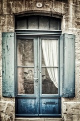 L'ange bleu (Isa-belle33) Tags: door porte window fenêtre old ancien angel ange vintage retro blue bleu urban urbain city ville architecture fujifilm fujixt1
