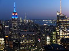 EmpireBlue (52er Bild) Tags: rockefeller center topoftherock manhattan empire state building nyc new york newyork udosteinkamp 52erbild fuji x10 fujifilm night nacht