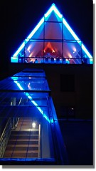 Zur Blauen Stunde.... (gklheim) Tags: köln cologne schokoladenmuseum blau nacht night blue scene