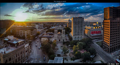San Antonio at sunset (episa) Tags: olympusomdem1mkii night sunset olympusmzuikodigitaled12100mmf4ispro texas sanantonio riverwalk dec2017