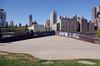 Pointing at Manhattan (MalB) Tags: newyork rooseveltisland manhattan ny nyc usa america pentax k5