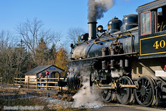 Forty (Donald Guthrie) Tags: newhopeivylandrailroad consolidation280 baldwinlocomotiveworks steamlocomotive lahaska pennsylvania pa railroad trains locomotive santassteamspectacular buckscounty