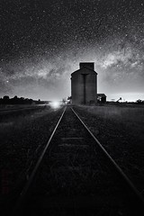 Dubbo (Bill Thoo) Tags: 18mm batis zeiss ilce7rm2 a7rii sony blackandwhite monochrome bnw abandonedsilo abandoned silo agriculture farming bush county rural travel milkyway sky stars astrophotography night landscape highway goldenhighway australia newsouthwales nsw dubbo