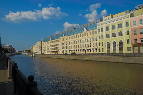 Москва. Садовническая набережная.