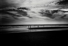 R1-014-5A (David Swift Photography) Tags: davidswiftphotography newjersey oceancitynj beaches jerseyshore coastline ocean atlanticocean dusk clouds water seashore 35mm ilfordxp2 olympusstylusepic film
