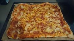 2016-11-06 11.15.45 (Kirayuzu) Tags: essen gericht food selbstgemacht pizza mais speck bacon ananas käse tomatensauce mozzarella