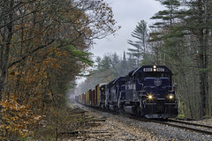 Running in the rain (Thomas Coulombe) Tags: panamrailways panam emdsd402m sd402m wapo freighttrain train oakland maine