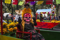 """""""Carnaval de Calaveras"""" Desfile Muertos CDMX 2017 (El Volador S.A.) Tags: череп roja event street family skull calaveras carnaval desfile muertos mexico cdmx volador elvolador"""