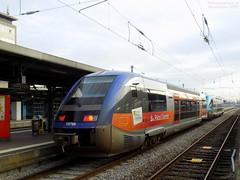 X73585 Pays de la Loire + X73796 Poitou-Charentes (ChristopherSNCF56) Tags: gare de nantes x73500 ter pays la loire poitou charente train sncf