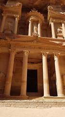 JORDANIA (Grace R.C.) Tags: jordania petra eltesoro antigüedad ruinas ruins columnas