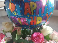 Birthday treats 😁👍😁 (LeanneHall3 :-)) Tags: birthday flowers rosepetal rose pink white balloon green leaves closeup closeupphotography samsung galaxys7edge