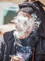 LR Jordan 2017-4150036 (hunbille) Tags: birgittejordan72017lr jordan beidha bedouin beduin birgittejordan62017lr camp community tribe family smoking cigarette smoke