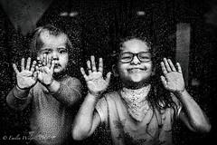 W deszczowy dzień (emikalejdoskop) Tags: portraits portrait funny art fun wilgosz wwwkochamylaurepl blog rodzina family familyphoto familyphotographer familyphotography familyphotos kids kid kidsphotos kidsphoto kidsphotographer kidsphotography children child childrenphotographer childrenphotos childrenphotography childrenphoto childhood photography photographer photo photos people ludzie dzieci dziecko dziecinstwo babyphotos babyphoto baby canon canoneos6d memories childmemories childhoodmemories bw bwphoto bwphotos blackandwhite black blackandwhitephotography blackandwhitephotos blackandwhitephoto monochrome window windows glass rain rainy raining drops december november novemberrain indoor hands sisters