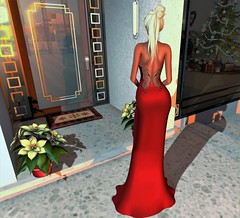 """Beauty Of The Back"" -Tiara Gown By:Le Fashion Whore (SherriOhCherri) Tags: lefashionwhore twe12ve monso secondlifeblog secondlifefashion secondlifeevent ebp elegant holidays christmas red formal"