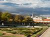 Belvedere Park (Fizzik.LJ) Tags: austria pak vienna österreich clouds wien