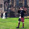 Préparation d'un mariage au château d'Edimbourg (1/3) (didier95) Tags: mariage ecosse scenedevie edimbourg kilt mariés cornemuse
