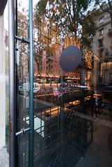 _DSC2468 (fdpdesign) Tags: design fdpdesign italia italy furniture led lights milano milan shopdesign sushi bar cocktails legno wood cerdisa ora neta specchio specchi 2017