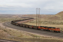 A favorite curve at Antelope Mine (kschmidt626) Tags: powder river wyoming union pacific bnsf burlington coal train c