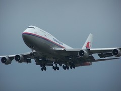 9M-MPJ (IndiaEcho Photography) Tags: 9mmpj boeing 747400 malaysian airlines london heathrow egll lhr airport airfield civil aviation airliner aircraft aeroplane myrtle avenue hounslow middlesex england