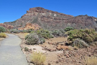 walking in Teide National Park :)