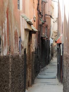 A street in Marrakech EXPLORED!