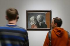 Picture of an exhibition (JB Fotofan) Tags: lumixfz1000 blurred unscharf menschen human exibition ausstellung