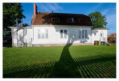 Tree house (leo.roos) Tags: kristianopel tree house shadow schaduw boom a900 samyang1428 amount sweden zweden zwedenaugustusseptember2011 darosa leoroos