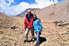 Juntos hasta el cielo (pepelara56) Tags: pareja montañas nubes mina minas árido desierto
