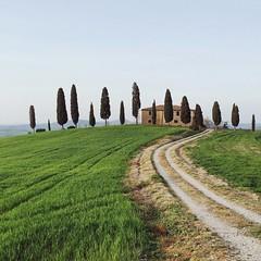 roaming Tuscany (marin.tomic) Tags: italia italien italy toscana toskana tuscany landscape travel iphone europe summer holiday vacation nature