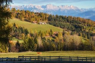 Paesaggio autunnale nelle Dolomiti