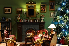 Christmas Diorama (barbiescanner) Tags: diorama miniatures barbiefurniture barbie christmas