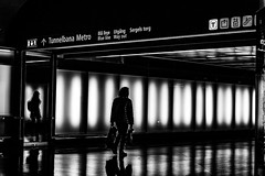 Metro, Stockholm city, Sweden (andersåkerblom) Tags: streetphotography streetphoto street city sweden bnw monochrome blackandwhite reflections silhouette walking metro stockholm