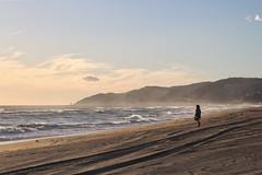 Ella contra el mar (Jon Ortega Photography) Tags: mar sea playa beach girl chica mujer sunset atardecer barcelona castelldefels catalunya otoño cielo agua mediterraneo mediterranean arena sand reflexion soledad reflexionar