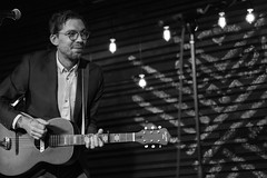 Justin Townes Earle (jhwill) Tags: vscofilm portrait blackandwhite blackwhite sony otussupply justintownesearle 55mm livemusic ferndale monochrome highiso concert zeiss michigan bw music a6500 performer