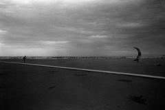 Rimini (stefanobiserni) Tags: kitesurf seaside beachoff d76 film analogica tmax400 biserni rimini